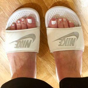 White NIKE slides 7 active sandals